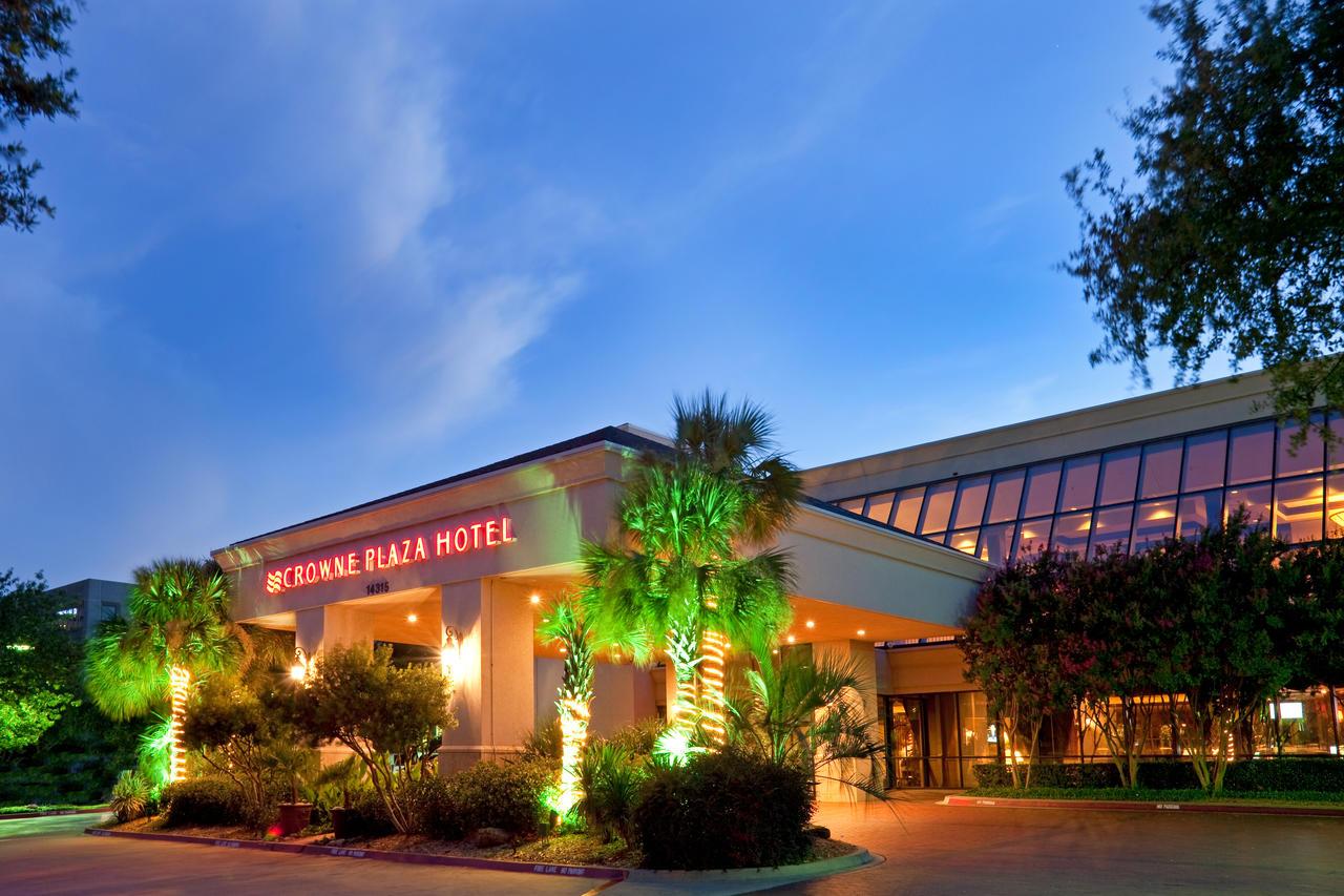 IHG-Crown-Plaza-Hotel-Addison-Texas