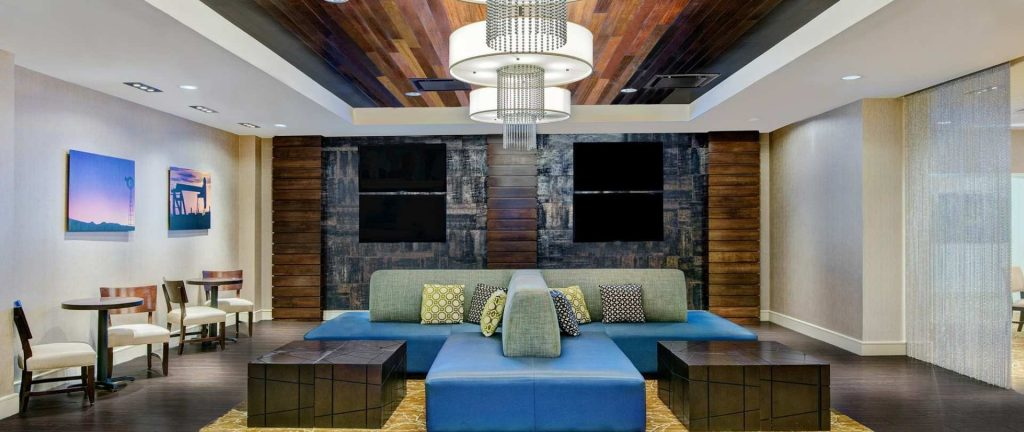 dfwwe-bedford-dfw-airport-west-lounge