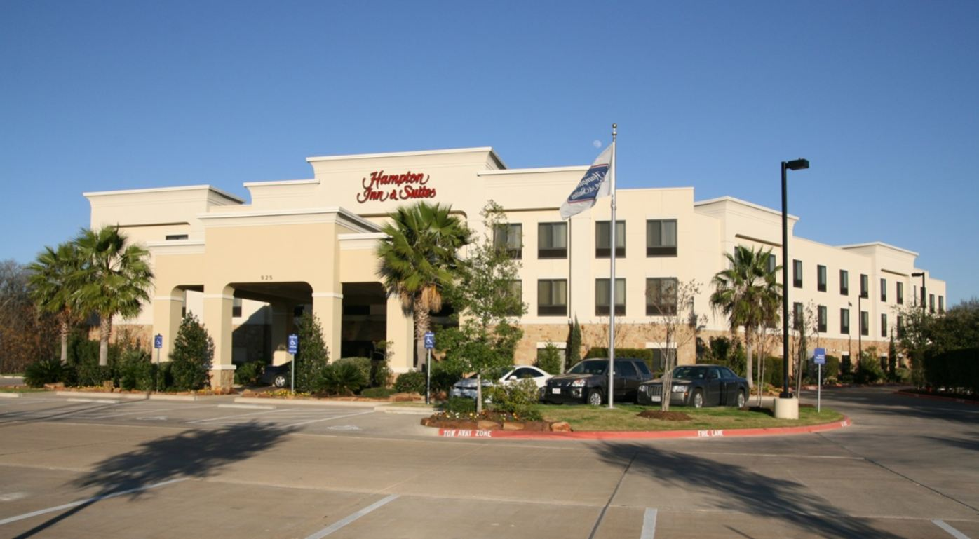 Hilton Resorts Hampton Inn and Suites College Station Bryan TX